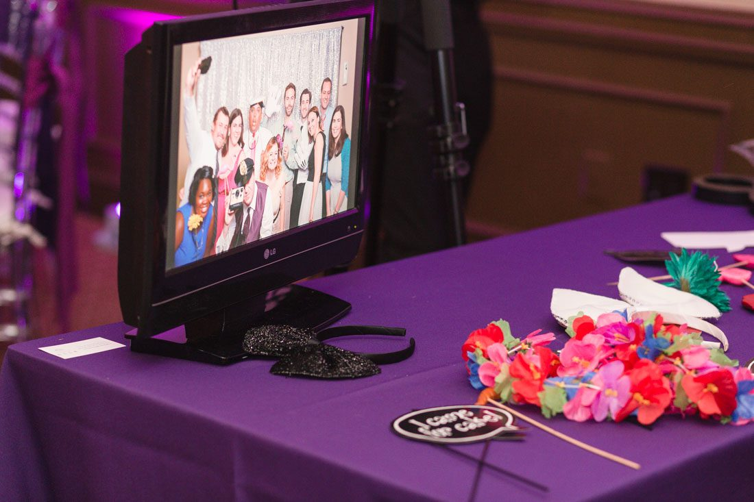 Orlando wedding photographer offers photo booth for all events and weddings