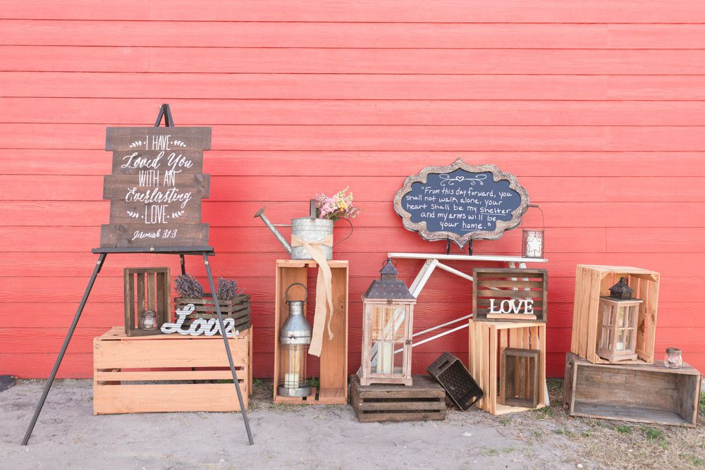 Rustic country wedding at a red barn in Sumterville Florida north of Orlando