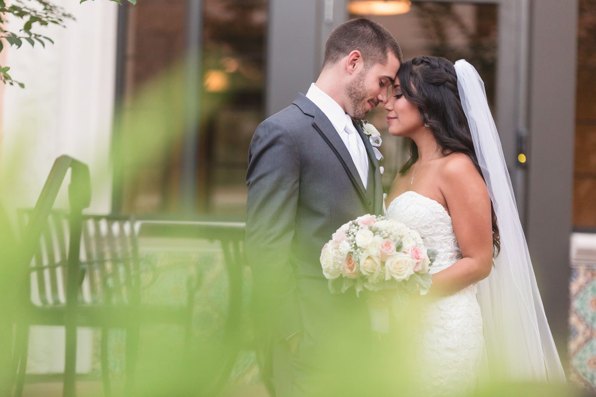 Top orlando wedding photographer at Rollins College in winter park