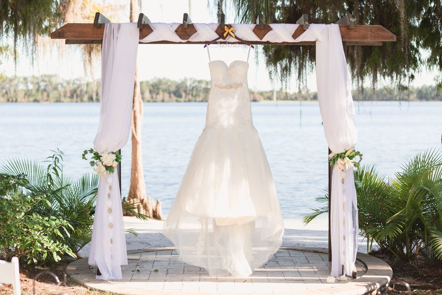 Top Orlando Wedding Photographer Captures At Paradise Cove