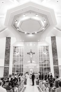 Catholic Vietnamese wedding ceremony in Oklahoma City captured by traveling wedding photographers from Orlando